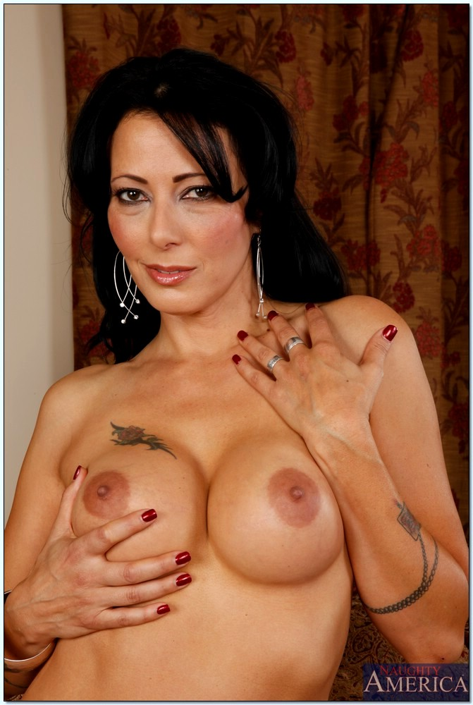 naked girls free thumbnails