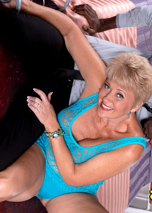 Tampa big tit milf charlee chase new years tit show - 5 8