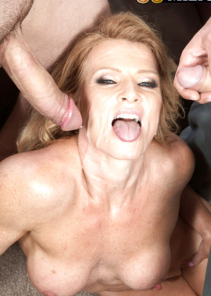 Young vixen holly moon pussy penetrated at high velocity - 3 part 6