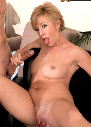 A texas blonde in one of her first times on camera 8