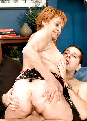 50 year old milf gets gangbanged by black guys for an hour - 1 part 5