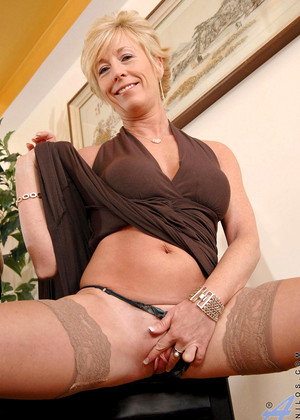 Young blonde creampie casting
