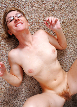 Teen spreading pussy