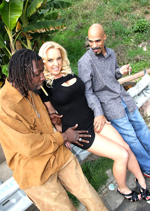 Free streaming porn interracial