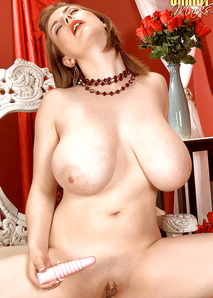 Free nude glamour gallery