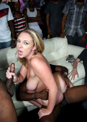 Brooke wylde gang bang have