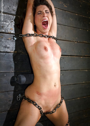young lauren graham nude