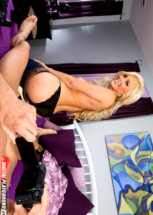 Digitalplayground cameron dee tommy gunn game over 7
