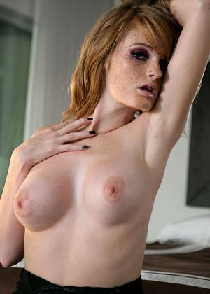 Faye Reagan 3