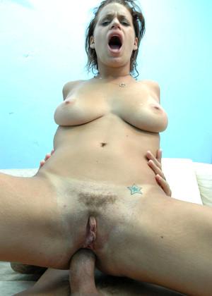 Faye rampton pissing