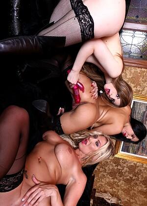 Aishwarya rai enjoying pussy licking image porn sex pics naked boobs ass nipple vagina pics adult images