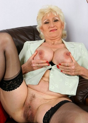 Sluts golden Mature