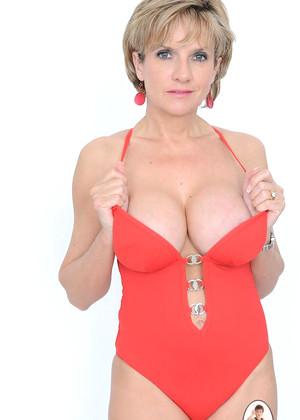 Wwe diva stephanie mcmahon naked