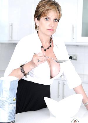 Babe Today Kitchen Porn Pics Hunter Mobile 81