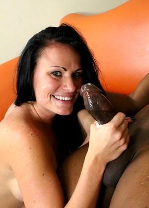 Todays free interracial porn pics