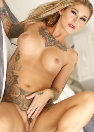 sexy naked white women photos