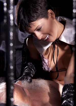Short Haired Beauty Coco Del Mal Teases Senior Old Small Cock Hqsluts 1