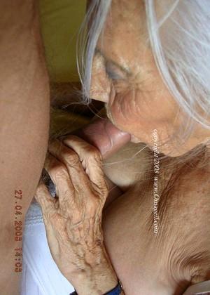 Oma porn hd Old granny