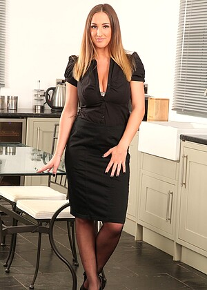 Babe Today Only Secretaries Stacey P Experienced Secretary
