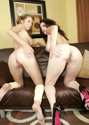Fairy tail lesbian and raquel devine