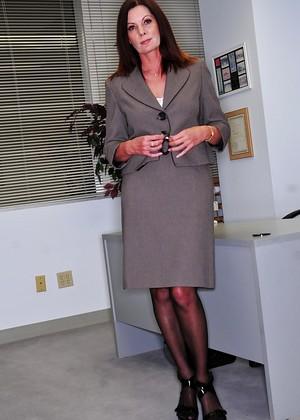 Hot mature American pornstar Magdalene St Michaels clothed in long dress № 778779 бесплатно