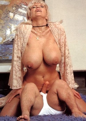 Amateur wife shared with friend