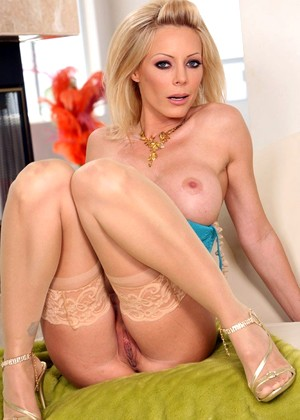 Holly unlimited sampson milfs