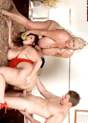 Hot spanish women having sex