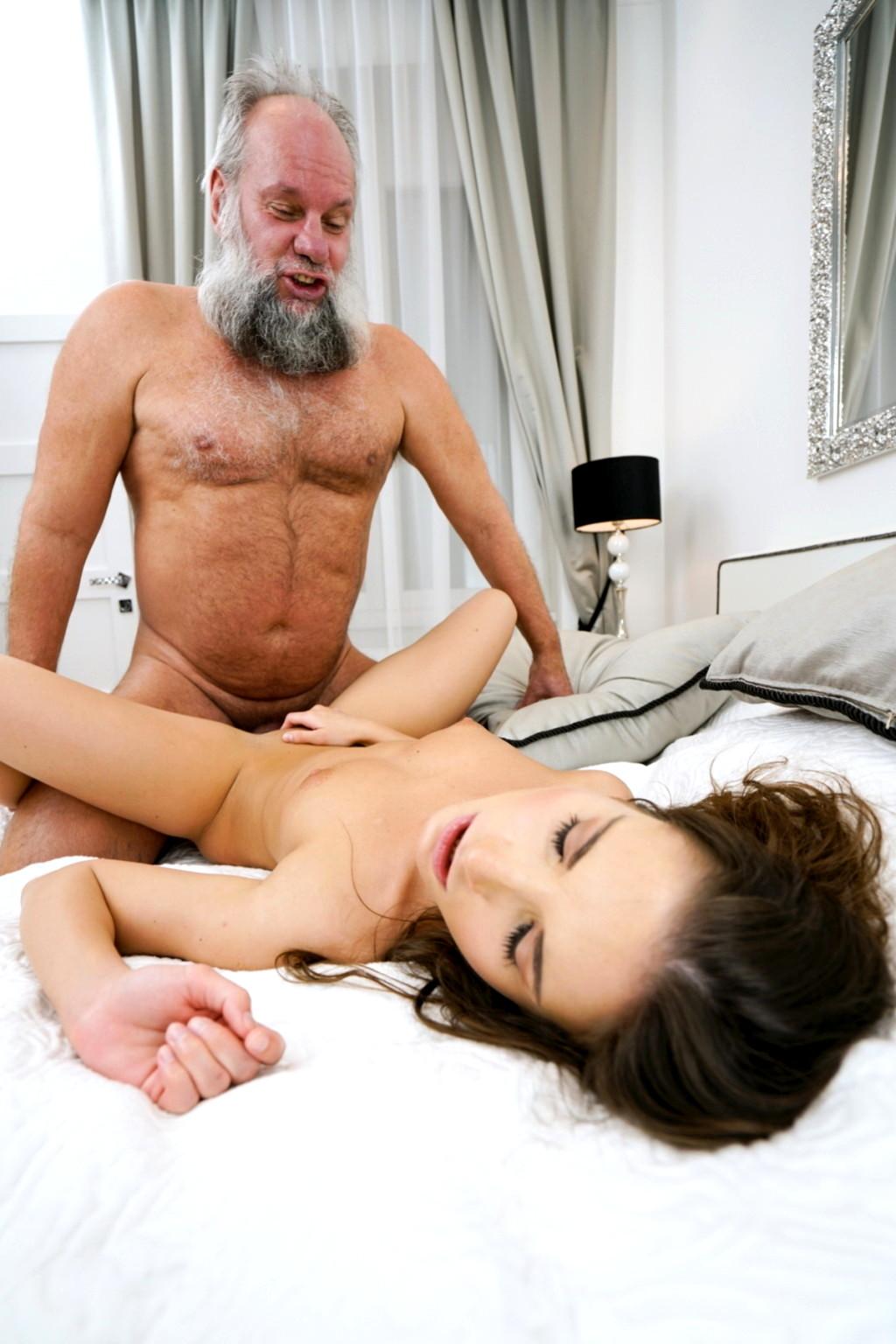 Yu Gi Oh Nude Pics