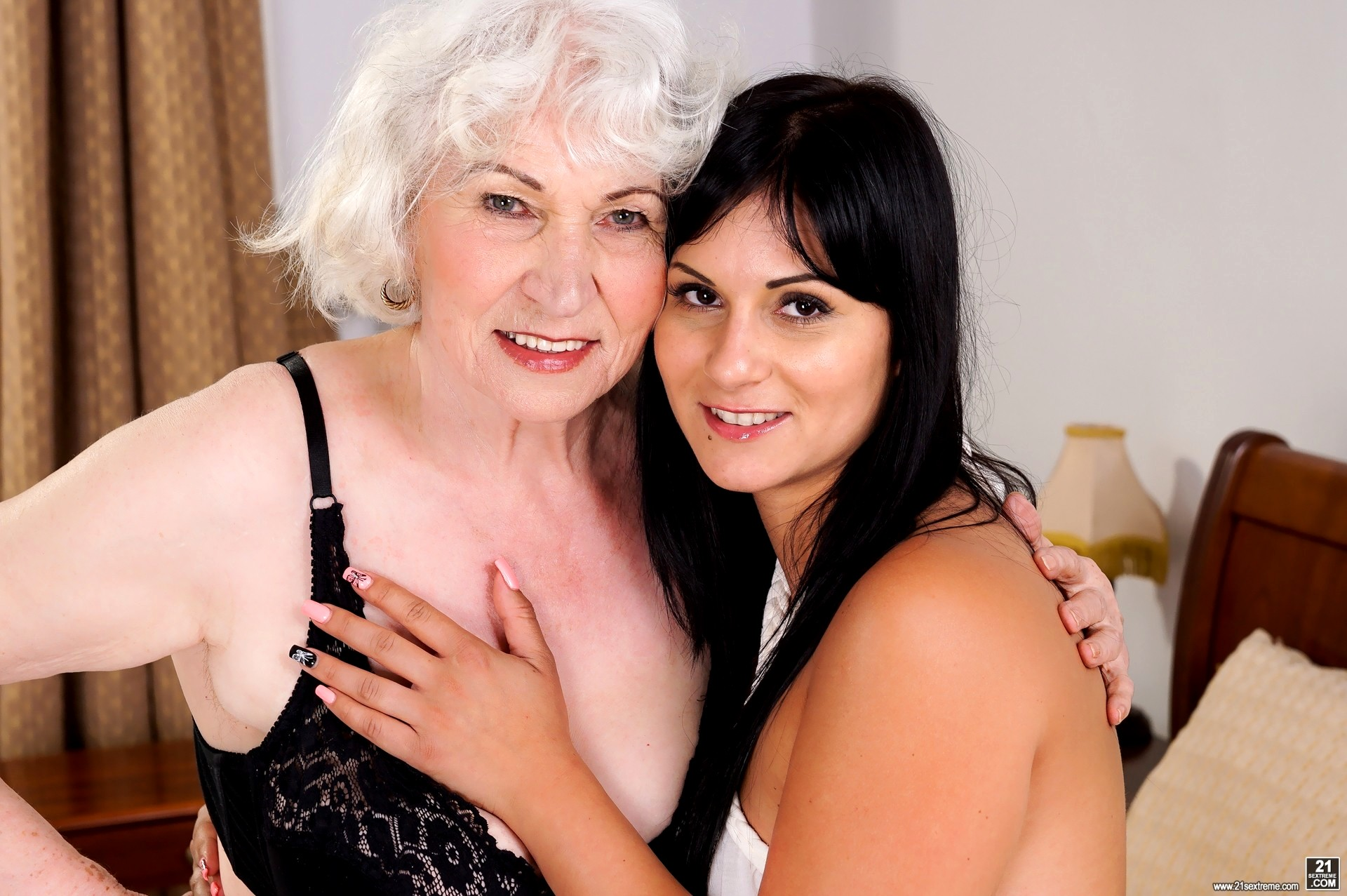 Babe Today 21 Sextreme Norma Naomie Ok Granny Vr Mobi -7576