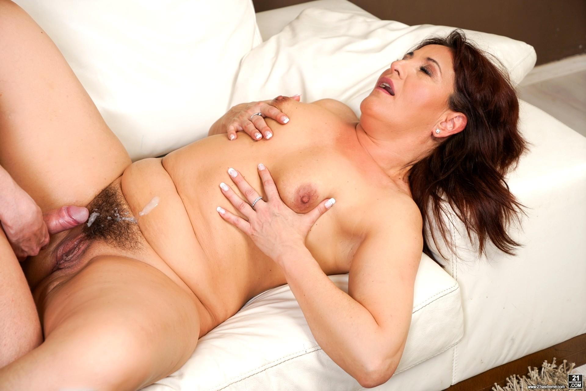 Hairy Babe Porn