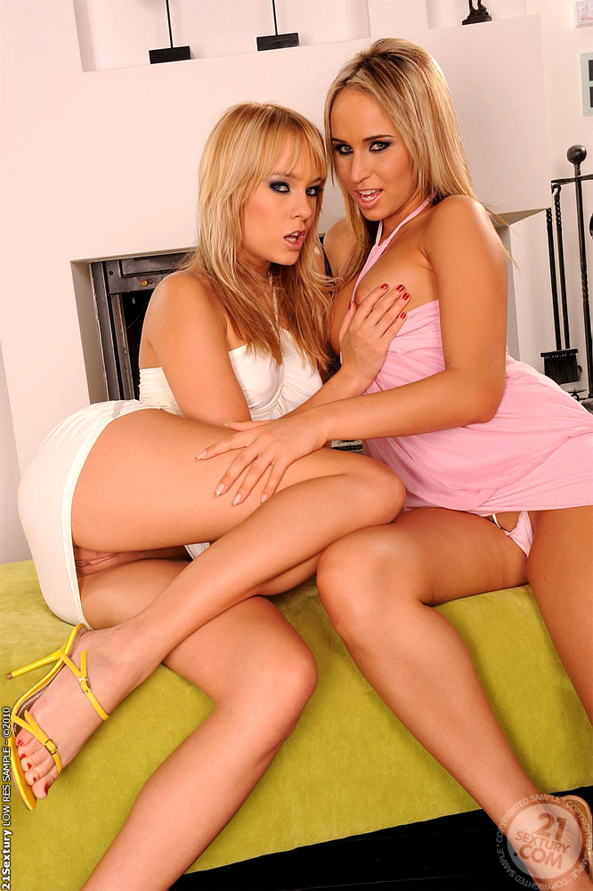 Pretty Girls Aleska Diamond And Blue Angel Enjoying Lesbian Thothub 1