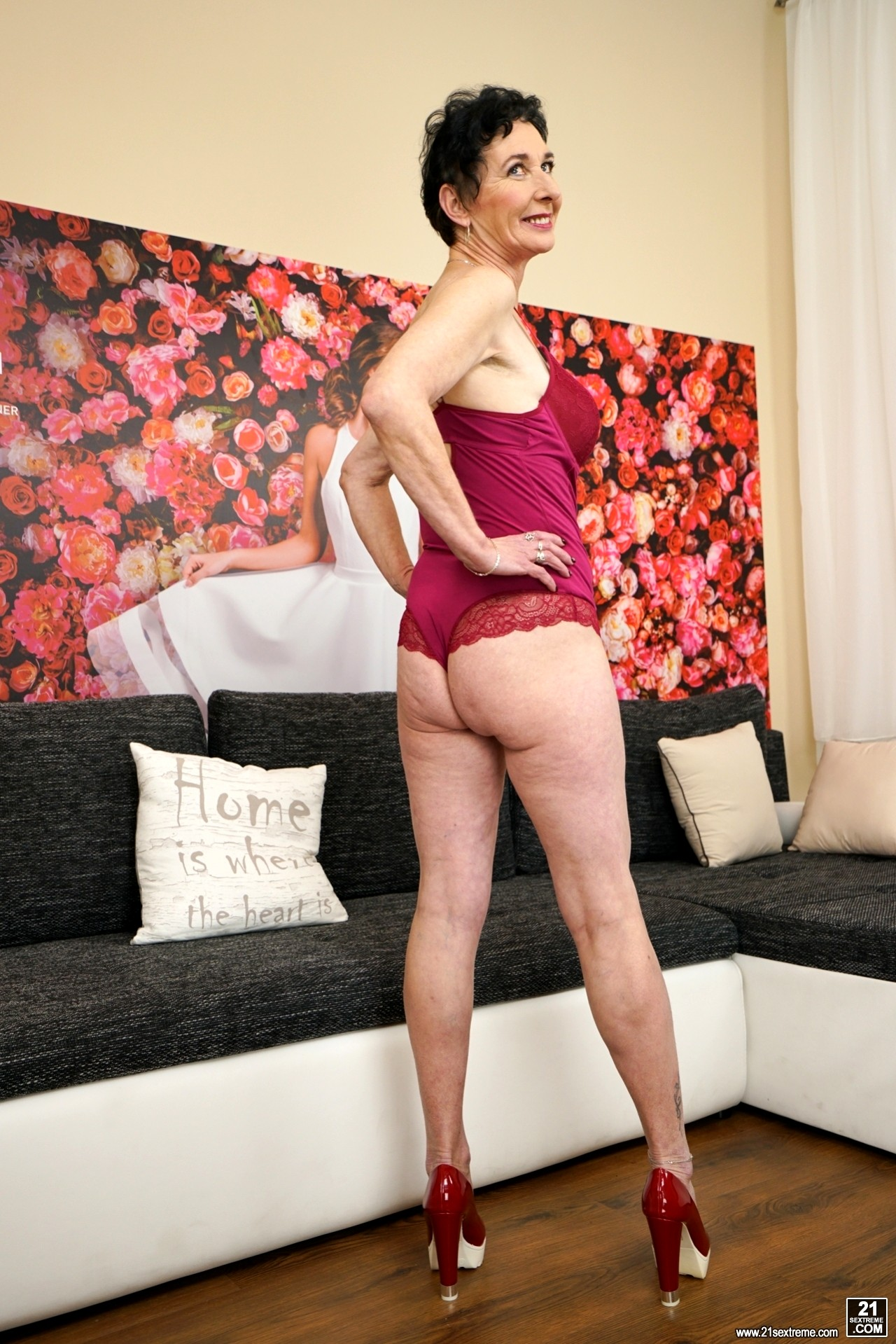 Babe Today 21 Sextury Pixie Top Secret Granny Webcam Porn Pics-9898