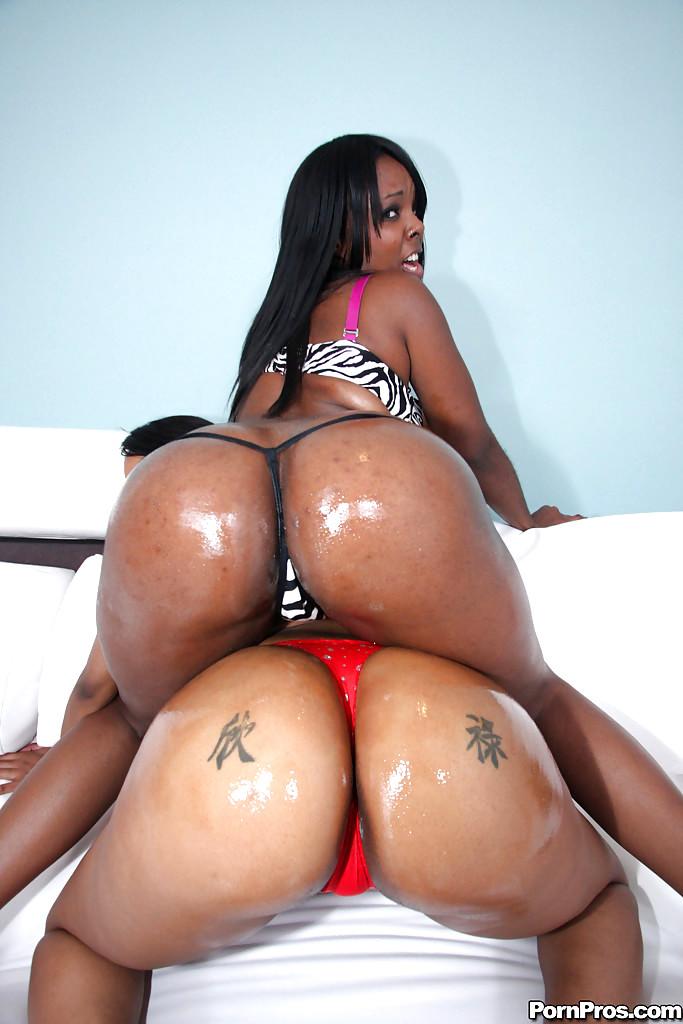 Watch Ebony Porn Videos