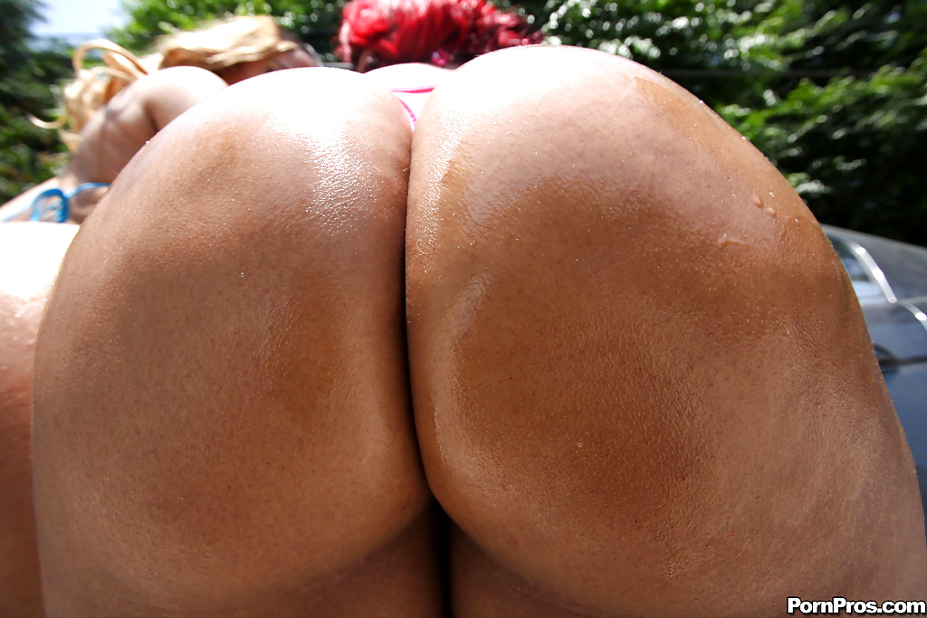 Babe Today 40Oz Bounce Luscious Louis Hdef Panties Thumbnails Porn Pics-5373
