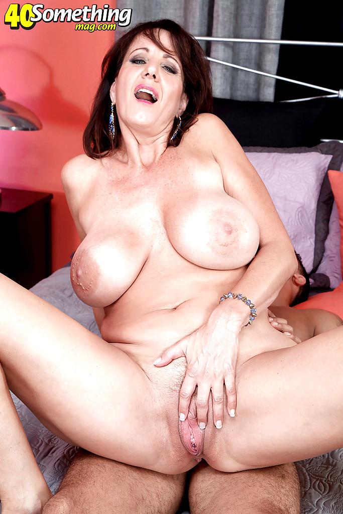 Cougar Tits Porn