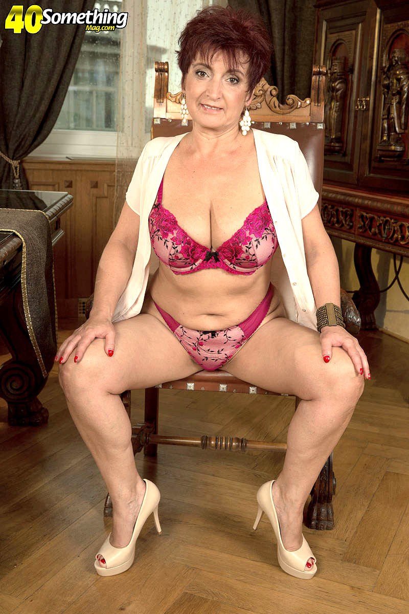 Hot granny xxx
