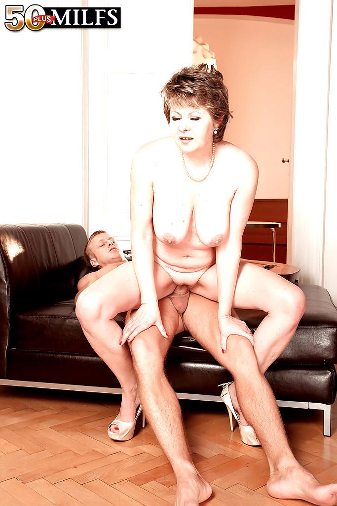Babe Today 50 Plus Milfs Donna Marie Sex Ass Fucking Iwank -2397