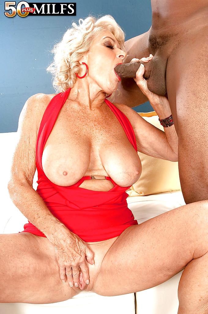 Blonde Mature Georgette Parks Has Intense Sex Taxi69 1