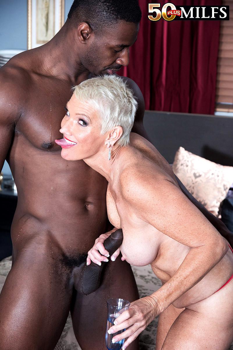 Mature Milf Cougar Porn