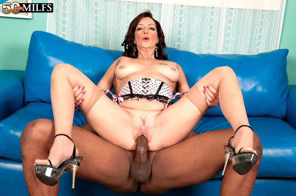 Babe Today 50 Plus Milfs Lucy Holland Erotic Handjob -2450