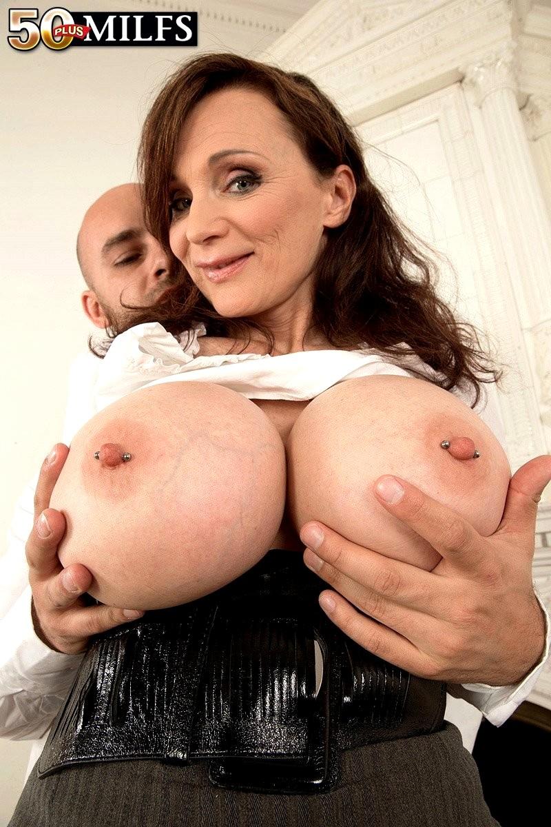 Nude girls big cock