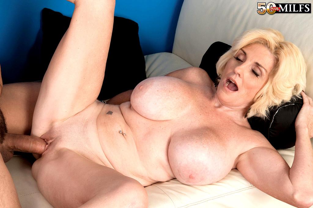Babe Today 50 Plus Milfs Missy Thompson Porno Spreading -5072