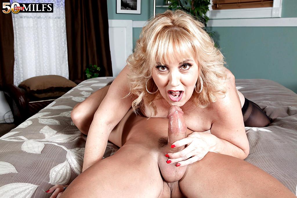 Big tit amature sex