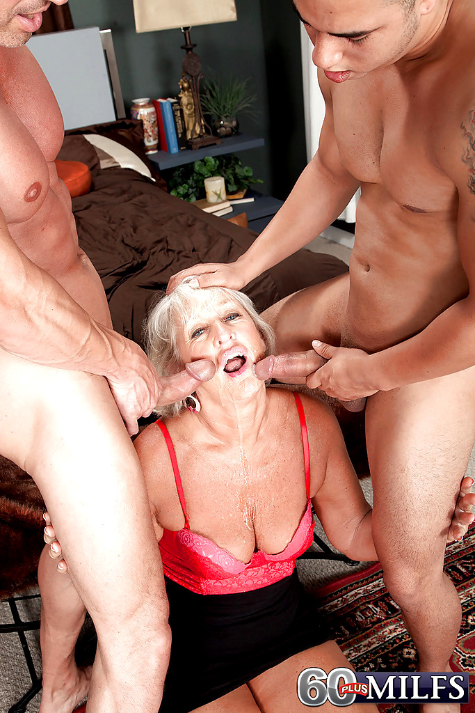 Shaved Pussy Getting Shaved Dicks