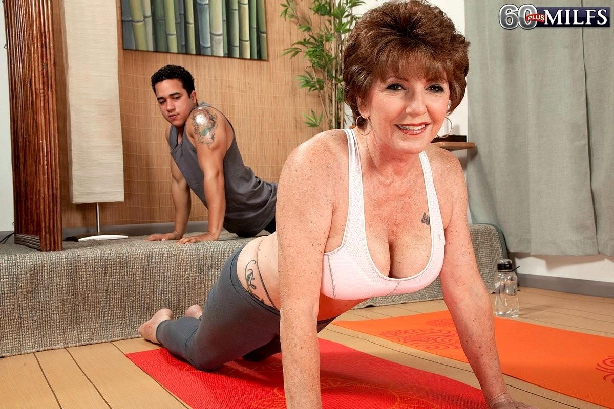 Babe Today 60 Plus Milfs Bea Cummins Share Granny Zip Porn -7546