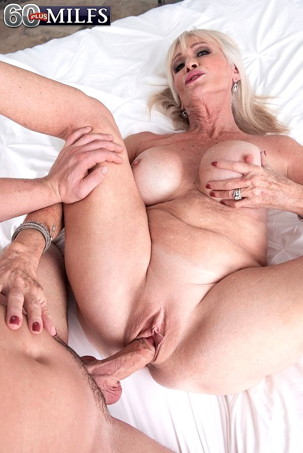 Babe Today 60 Plus Milfs Leah L Amour Attractive Big Tits -4430