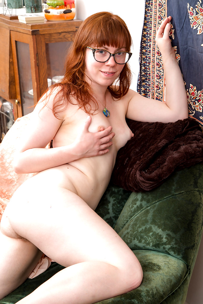 nude porn in pain woman