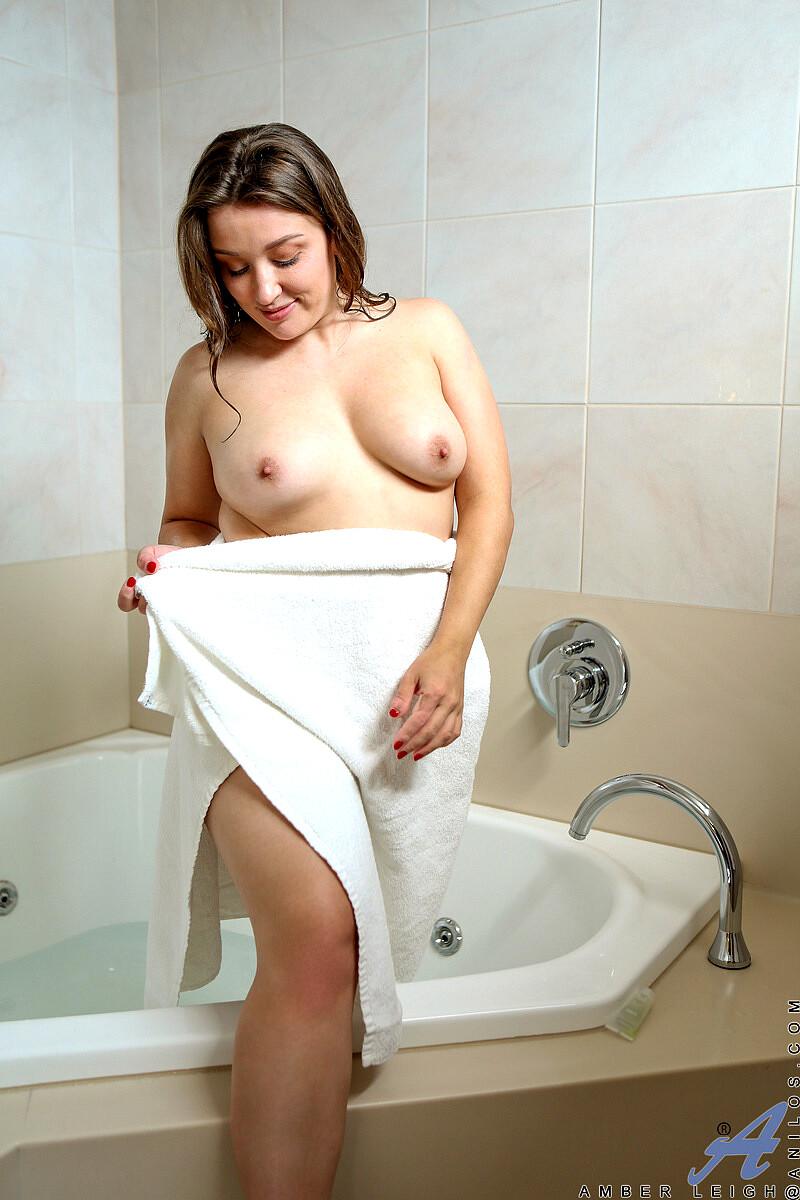 Xxx Amber Leigh