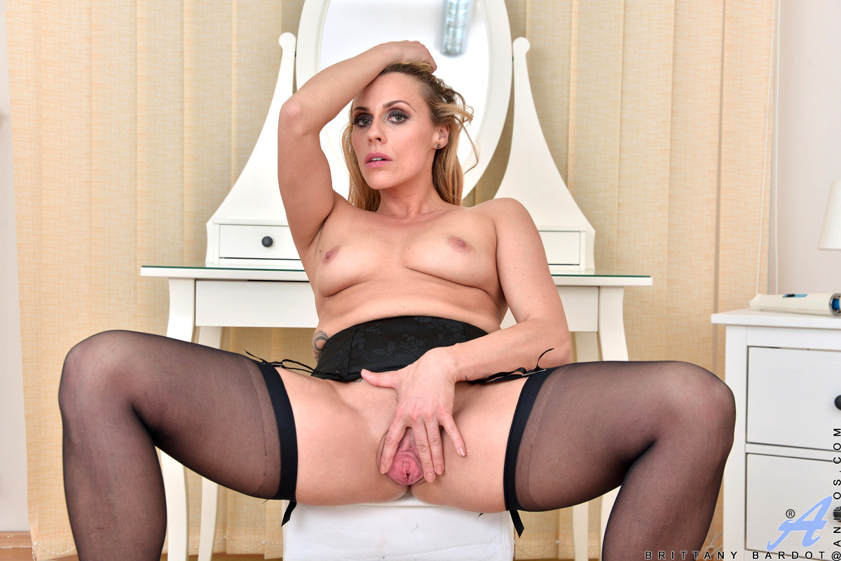 Babe Today Anilos Brittany Bardot Kickass Stockings Vip -4438